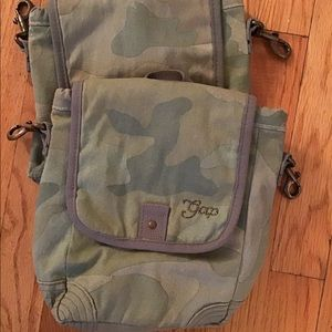 GAP insulated lunch bags (2)